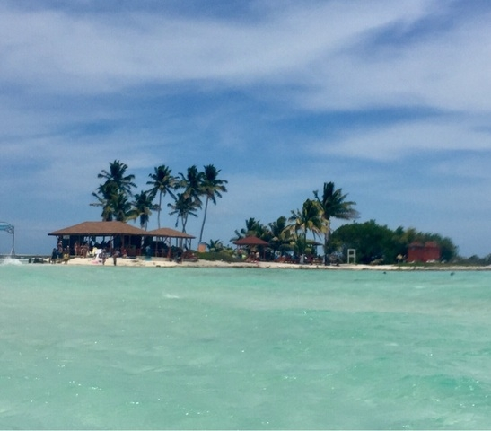 Belize Goff's Caye Island Getaway and Snorkel Cruise Excursion Wow!