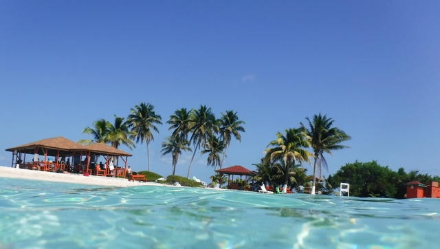 Belize Goff's Caye Island Getaway and Snorkel Cruise Excursion What a Fabulous Day !!
