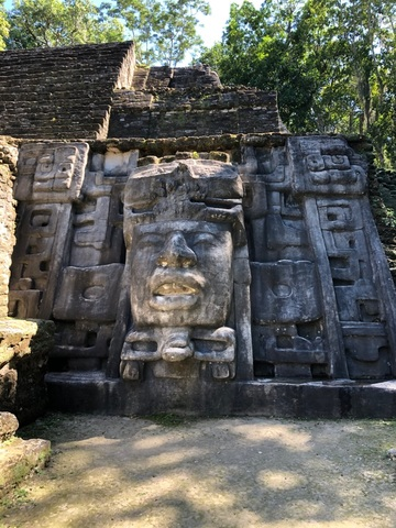 Belize Lamanai Mayan Ruins and River Safari with Lunch Excursion Well Organized Tour with Amazing Mayan Ruins