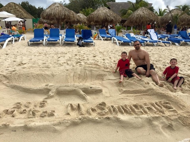 Mr. Sanchos Beach All Inclusive Day Pass Cozumel (Reprinted from Fan Page)