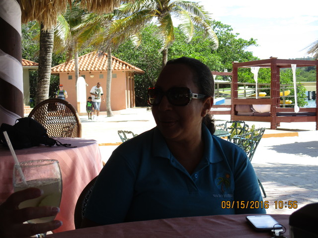 Roatan Highlights, Shopping and Beach Break Excursion Awesome Time