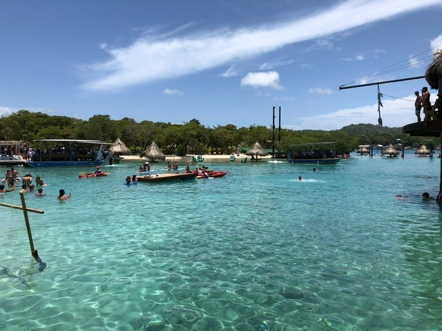 Roatan Little French Key Full Island Day Pass Excursion what a gorgeous place!!