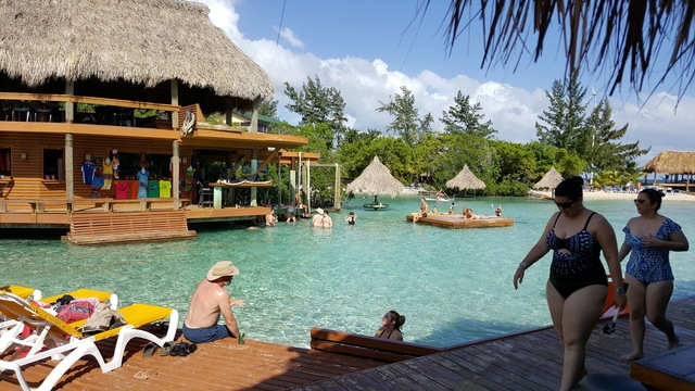 Roatan Little French Key Full Island Day Pass Excursion Great day trip excursion.