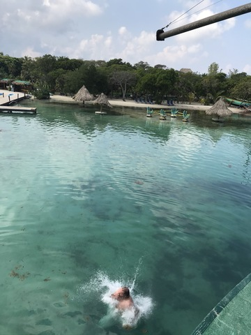 Roatan Relaxed Drift Snorkel, Monkey and Sloth Hangout and Little French Key Beach Break Excursion Fantastic tour!
