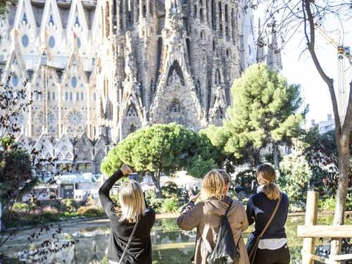 Barcelona Sacred Family Sightseeing Cruise Excursion Cost