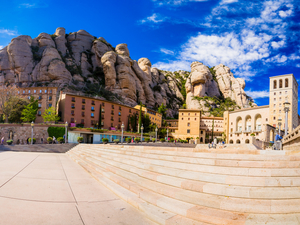 Barcelona Montserrat and Gaudi Highlights Excursion