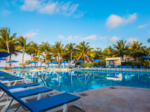 Cozumel Port kids pool  Para Sail Trips Cost