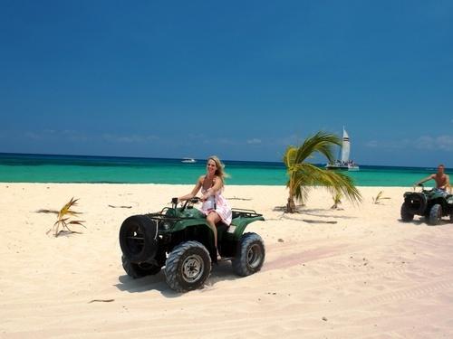 Cozumel Beach Club Facilities Cruise Excursion