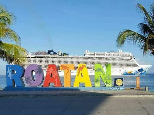 Roatan  Honduras street market Cruise Excursion Booking