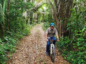 Belize Altun Ha Mayan Ruins and Jungle Mountain Bike Excursion