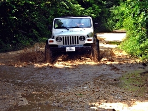 Belize Jeep, Zoo and Tropical Education Center Excursion