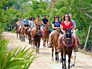 Belize Safari Horseback Riding Excursion