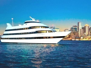 Boston Harbor Cruise and Buffet Lunch Excursion