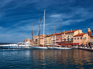 Cannes to Saint Tropez Sightseeing Excursion