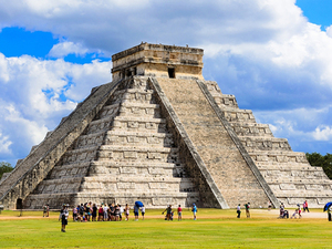 Chichen Itza Mayan Ruins Cruise Excursion from Progreso
