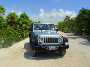 Cozumel Custom Private Jeep and Snorkel Excursion with Lunch