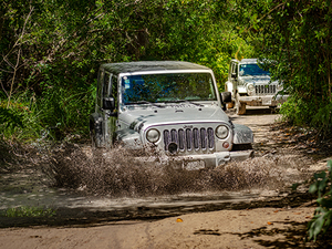 Cozumel Jeep Excursion to Passion Island All Inclusive