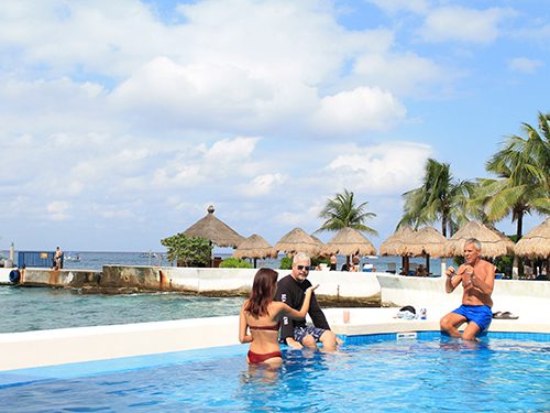 Cozumel Mexico Del Mar Latino Beach Break Tour Reservations