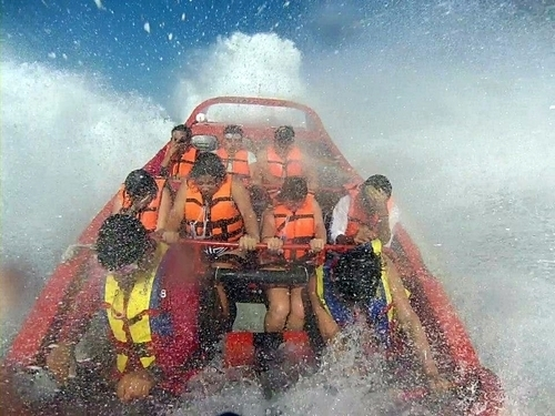 Cozumel high speed maneuvers jet boat Excursion Reviews