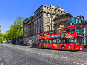 Edinburgh Hop On Hop Off City Sightseeing Bus Excursion