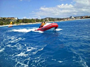 Falmouth Mini Speedboat Safari and Montego Bay Highlights and Shopping Excursion