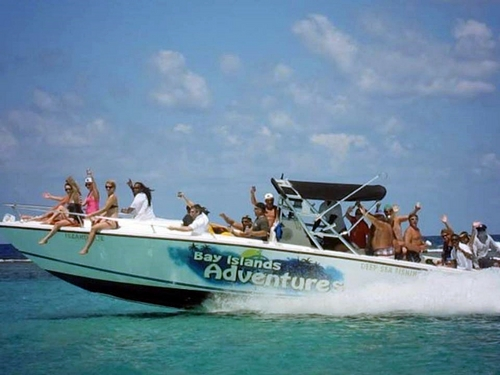Roatan powerboat Cost
