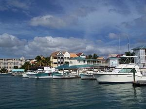 Freeport Grand Bahama Coastal Sightseeing Excursion by Boat