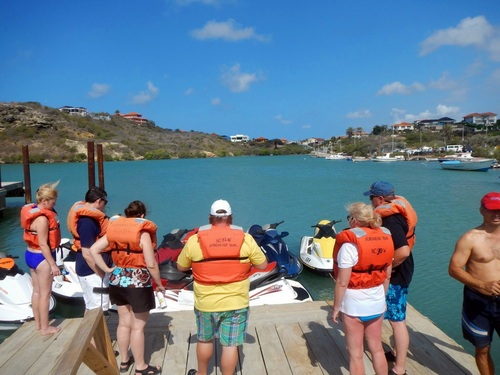 Curacao tugboat wreck snorkel Trip Reviews