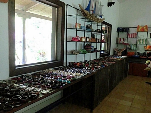 Puerto Caldera  Costa Rica nature Sightseeing Trip Reservations