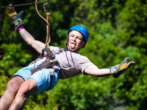 Roatan ziplining Tour Booking