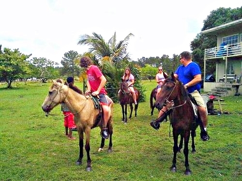 Belize horse ranch Trip Booking