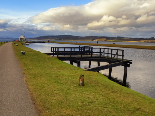Invergordon (Inverness)  Scotland Dochgarroch Lock Bus Trip Booking