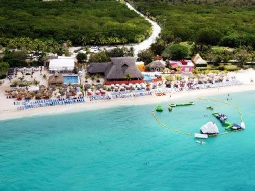 Cozumel  Mexico crystal blue water Booking