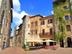 Livorno Tuscany Countryside Volterra, San Gimignano, Wine Tasting and Lunch Excursion