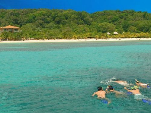 Roatan snorkeling by boat Reservations