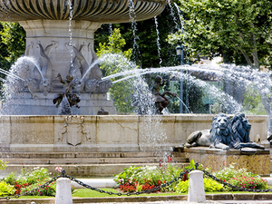 Marseille Private Half Day to Aix en Provence Sightseeing Excursion