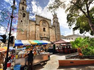 Merida City Sightseeing and Shopping Excursion from Progreso