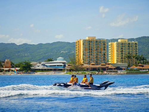Falmouth Jamaica family day pass Trip Reviews