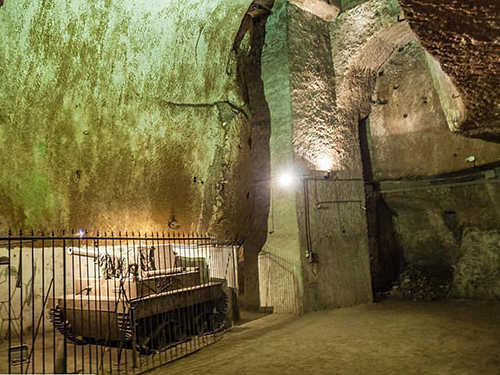 Naples Subway Walking Tour Reservations