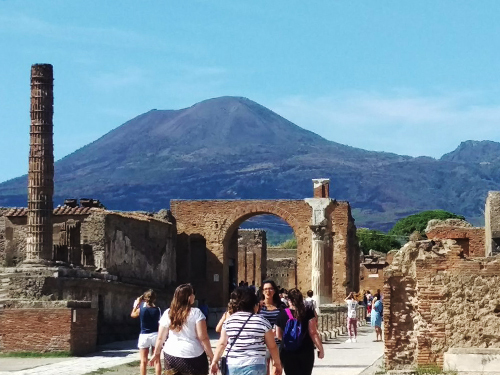 Naples Ruins Sightseeing Trip Prices