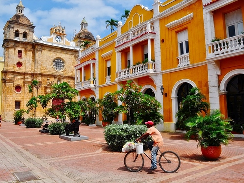 Cartagena  Colombia shopping Booking