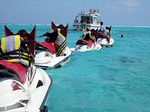 Grand Cayman Jet Ski Stingray City And Starfish Beach
