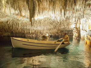 Palma de Mallorca Caves of Drach and Majorica Pearl Factory Half Day Excursion