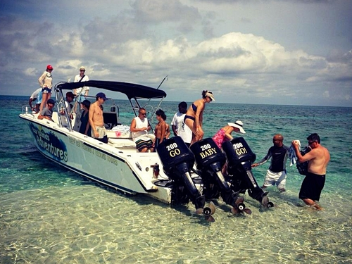 Roatan power speed boat Reservations