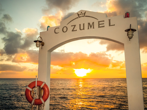 Private Island Highlights with Driver and Guide in Cozumel