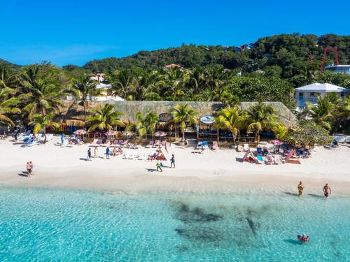 Roatan Paradise Beach Club Day P