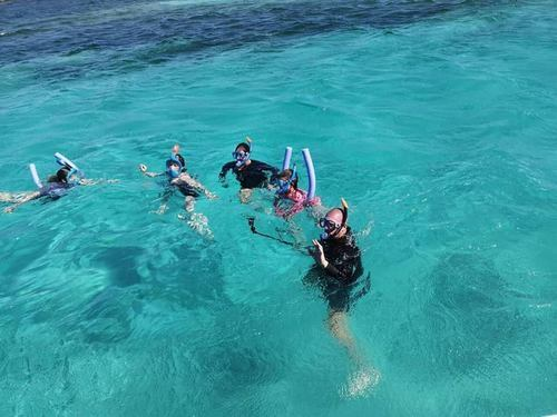 Roatan  Boat Tour Booking