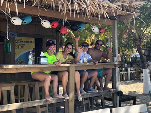 Roatan Beach Day Pass Trip Reviews
