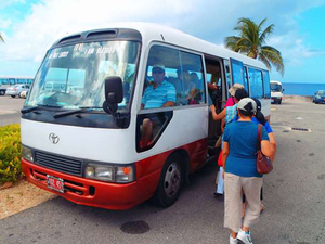 Roatan Hop On Hop Off Bus Highlights and Tabyana Beach Break Excursion