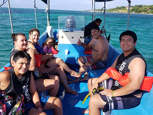 Roatan Island Sightseeing and Sea Adventure Excursion